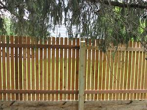 Picket Fence Design Ideas With Traditional Cedar Picket