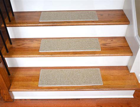 dean indoor outdoor pet friendly non slip carpet stair treads seashore 15 bord de mer
