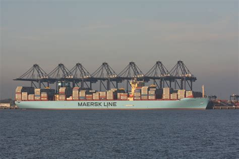 maersk to schedule jumbo vessels linervision