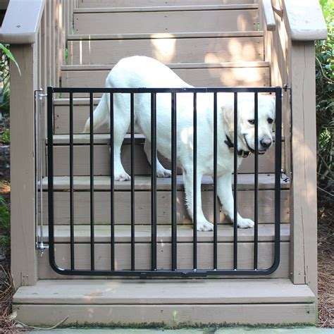 Cardinal Gates Adjustable Width Outdoor Safety Gate   Pet