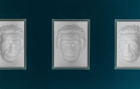 Says richard gregory, the strong visual bias of favouring seeing a hollow mask as a normal convex face (figure 1). Hollow Face Illusion - Museum of Illusions
