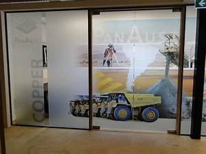 One Way Film : boost your corporate image in your office with one way vision window graphic film ~ Frokenaadalensverden.com Haus und Dekorationen