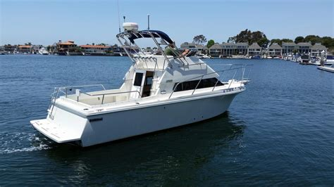 Huntington Boat Financing by 1998 Used Skipjack 262 Flybridge Sports Fishing Boat For