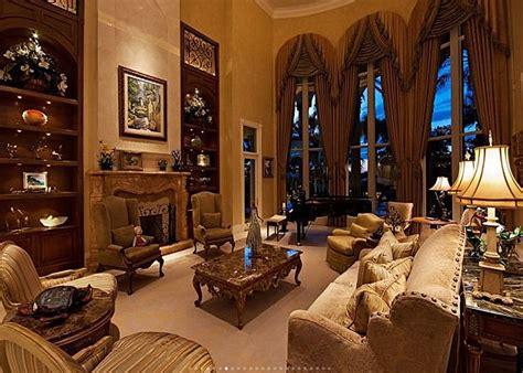 square foot lakefront mansion  naples fl homes