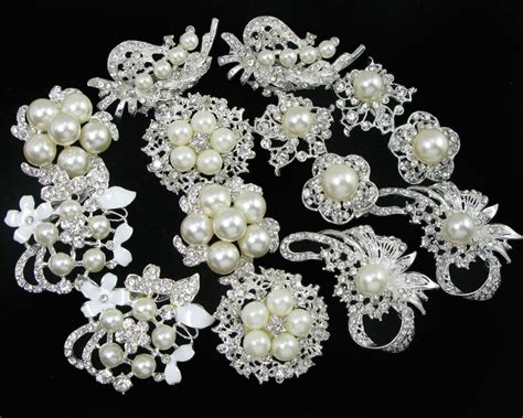 Wholesale 14x Faux Pearl Crystal Rhinestone Brooch Pins