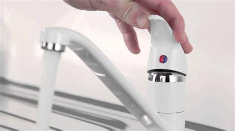sostituzione rubinetto cucina sostituzione rubinetto lavandino cucina facile fai da te