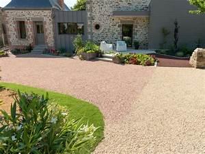 amenager une cour moderne avec une composition de graviers With entree exterieure maison contemporaine 8 amenager une cour moderne avec une composition de graviers