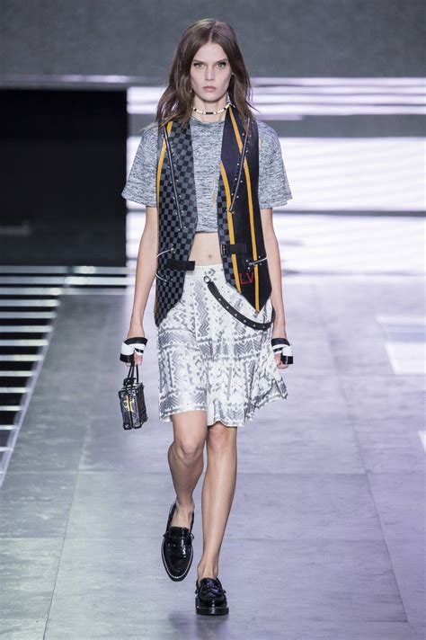 LOUIS VUITTON SPRING SUMMER 2016 WOMEN'S COLLECTION | The ...