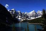 Moraine Lake - Wikipedia