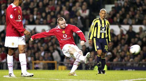 wayne rooney scored  hat trick  man united debut