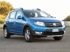 Dacia Sandero Gpl : il gpl combinato al motore turbo e il prezzo contenuto rendono interessante la dacia sandero ~ Gottalentnigeria.com Avis de Voitures
