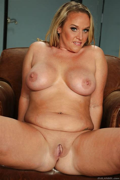 Chubby Mom Dee Siren Whips Out The Biggest Sex Toy Ever