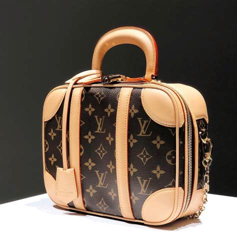 china boosts louis vuitton sales pursebop