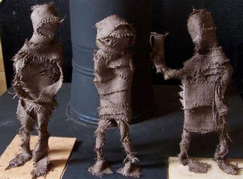 esculturas prehistoricas  alambre  arpillera actividades  ninos manualidades faciles