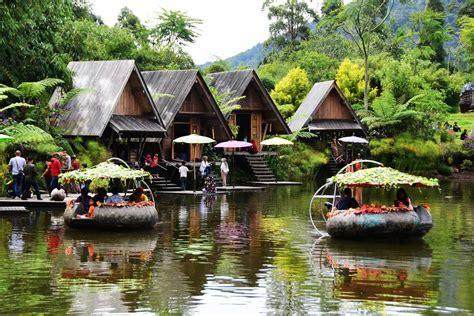 tempat wisata dusun bambu  bandung paket wisata