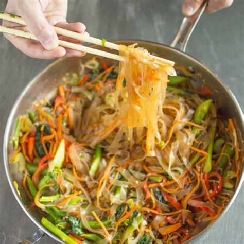 how to cook mung bean noodles vegetable stir fry mung bean noodles