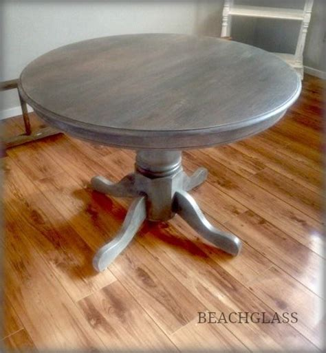 Round Oak table   dry brushed in Oxford, Twig & Linen by