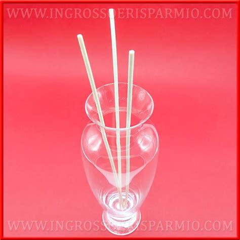 vasi in vetro trasparente vasi in vetro trasparente bottiglie porta profumo stock