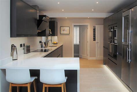 room   kitchen island kitchen