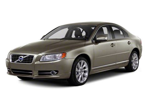 It's important to carefully check the trims of the car you're interested in to make sure that you're getting the features. 2012 Volvo S80 Values- NADAguides