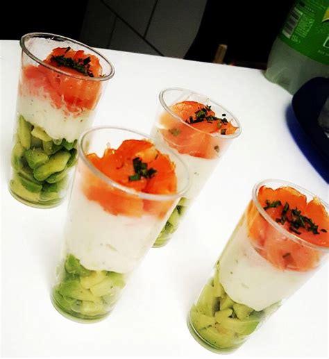 saumon boursin cuisine recette verrines saumon boursin et avocat