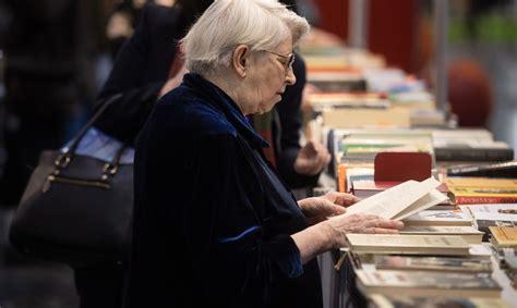 Pētījums: 60% poļu nelasa grāmatas - Grāmatas - Kultūra ...