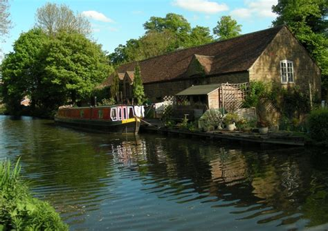 Berkhamsted Canal Boat Hire by Grandunioncanalcyclemay2011 3