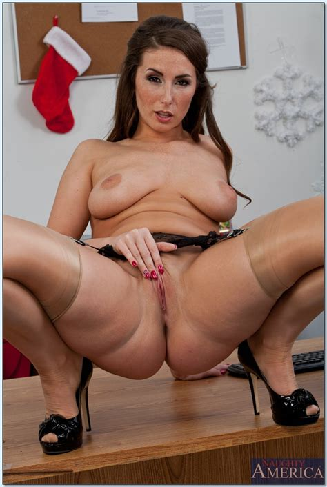 Exotic Looking Paige Turnah Boned By Rick Hard Milf Fox