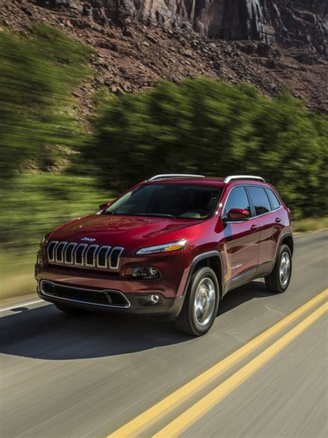 jeep cherokee ads 2014 jeep cherokee ad capitalizes on what it does best