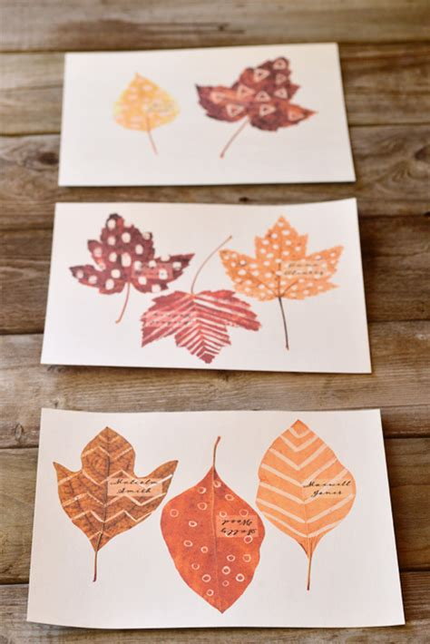 diy printable leaf place cards