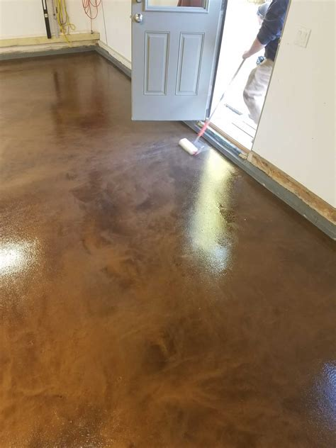 epoxy finish concrete residential garage floor
