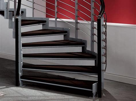 escalier helicoidal pas cher decoration interieur