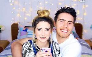 Zoe Sugg, Alfie Deyes Cute Relationship Moments, GIFs
