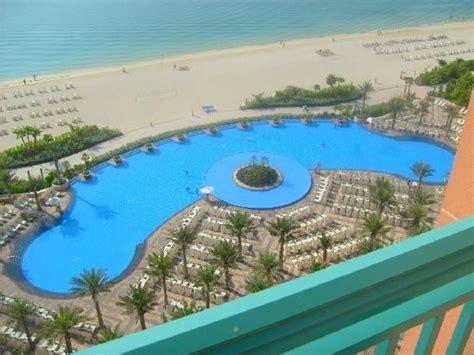 la chambre metz la piscine avec plage photo de atlantis the palm dubaï