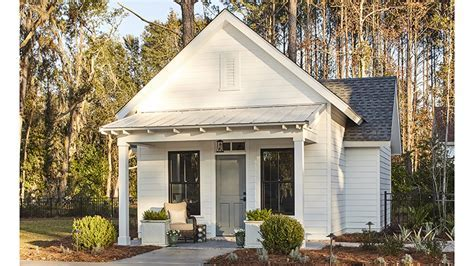 Whiteside Cottage     Southern Living House Plans