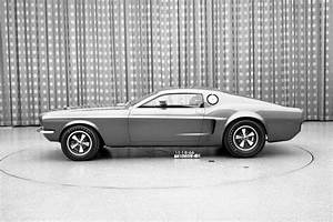 ///KarzNshit///: '68 Ford Mustang Mach I Concept | コンセプトカー、自動車、いにしえ