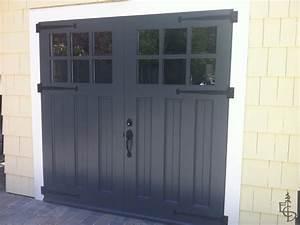 What color is best for garage doors for Black carriage garage doors
