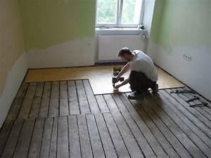Renovace dřevěné podlahy cena