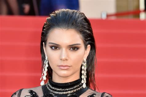 How To Pull Off Kendall Jenner's Wet Hair Look
