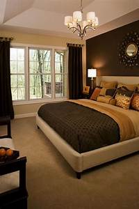 Master bedrooms masters and side wall on pinterest for Master bedroom paint ideas with accent wall
