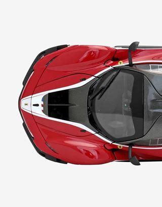 The evolution of the original fxx k produces 75 per cent more downforce than a laferrari, thanks mostly to its new fixed rear wing. Ferrari Ferrari FXX-K EVO 1:18 scale model Unisex | Scuderia Ferrari Official Store