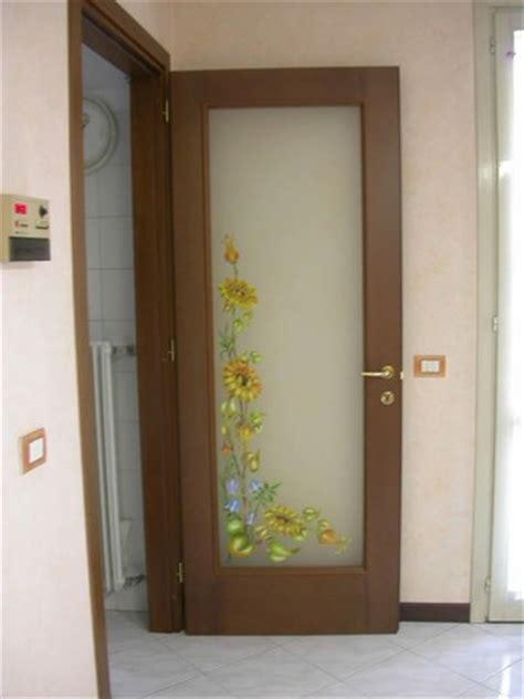 vetri per porte interne classiche realizzazione vetri artistici per porte classiche
