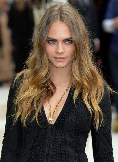 20 Inspirations of Long Layered Waves Hairstyles