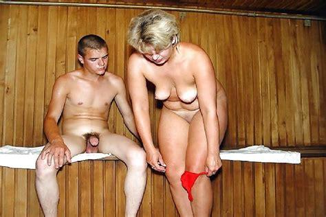 Fkk Mutter Sohn Nackt 1 Pornhugocom