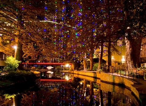 lighting san antonio tx san antonio riverwalk at christmas texas pinterest
