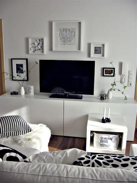Bilderwand Wohnzimmer  Ideen Wohnzimmer Bekommt Ein
