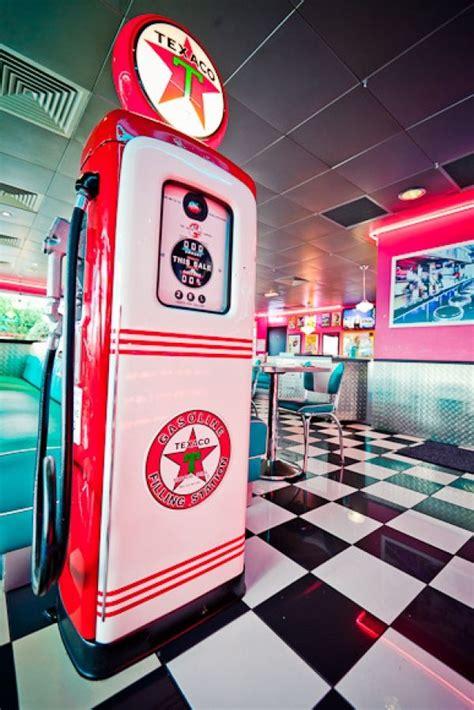 25 best ideas about vintage diner on 1950s diner 1950s and diner decor