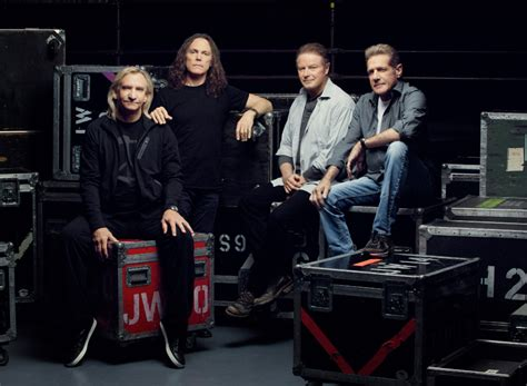 Eagles' 'hotel California' Made Into 'world's Largest Vinyl' For Forum Residency  Rolling Stone