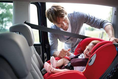 sieges enfants sièges enfants les familiales sont trop étroites