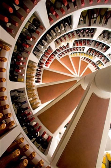 wine cellar in kitchen floor spiral staircase waanzinnige wijnkelder sixpacks be 2225